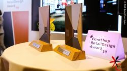Foto: Award-Figuren des EuroShop RetailDesign Awards; Copyright: EHI Retail Institute