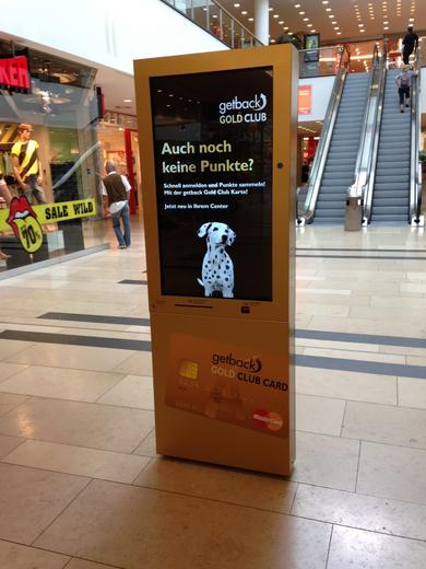 kompas im Einsatz: interaktives Digital Signage in Shopping-Malls