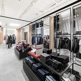 BOSS 324 Store Geneva v01 07844