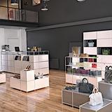 Ladenfläche mit System4-Möbeln ausgestattet.